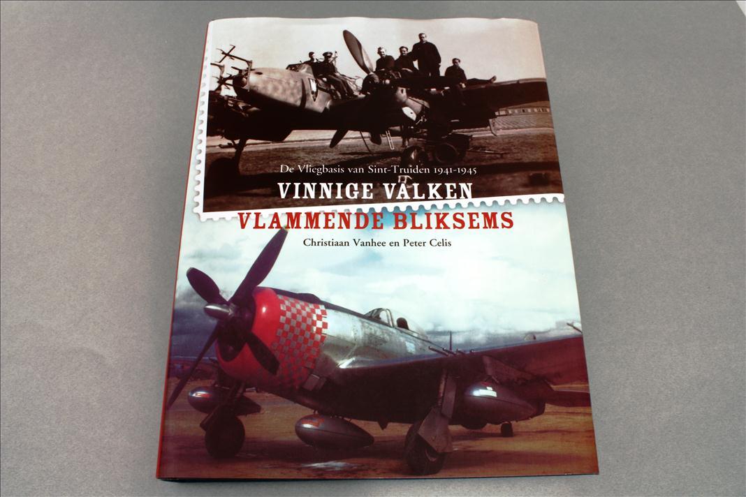Image not found :Vinnige Valken, Vlammende Bliksems - Vliegbasis Sint Truiden