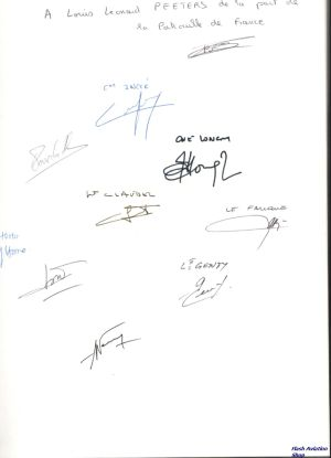 Image not found :Patrouille de France (Armee del'Air) SIGNED BY THE PILOTS !!